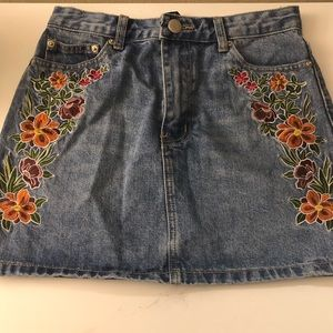 A beautiful floral embroidered denim skirt !